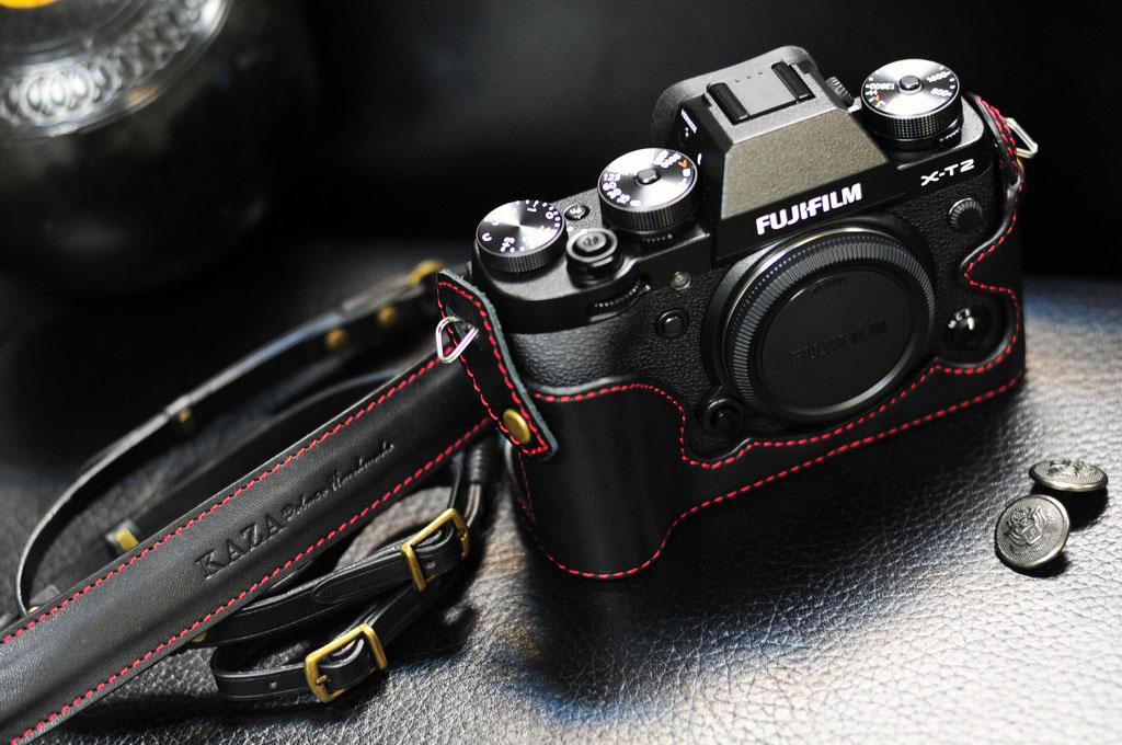 Leather half case 富士XT2 用カメラケース Fujifilm XT2 相機皮套 by KAZA