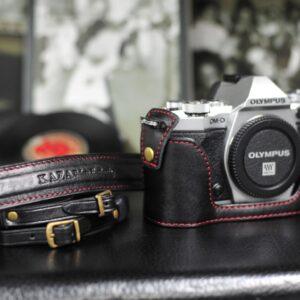 Olympus OM-D E-M5 II 相機皮套 Leather case オリンパスOM-D E-M5 II カメラケース by KAZA
