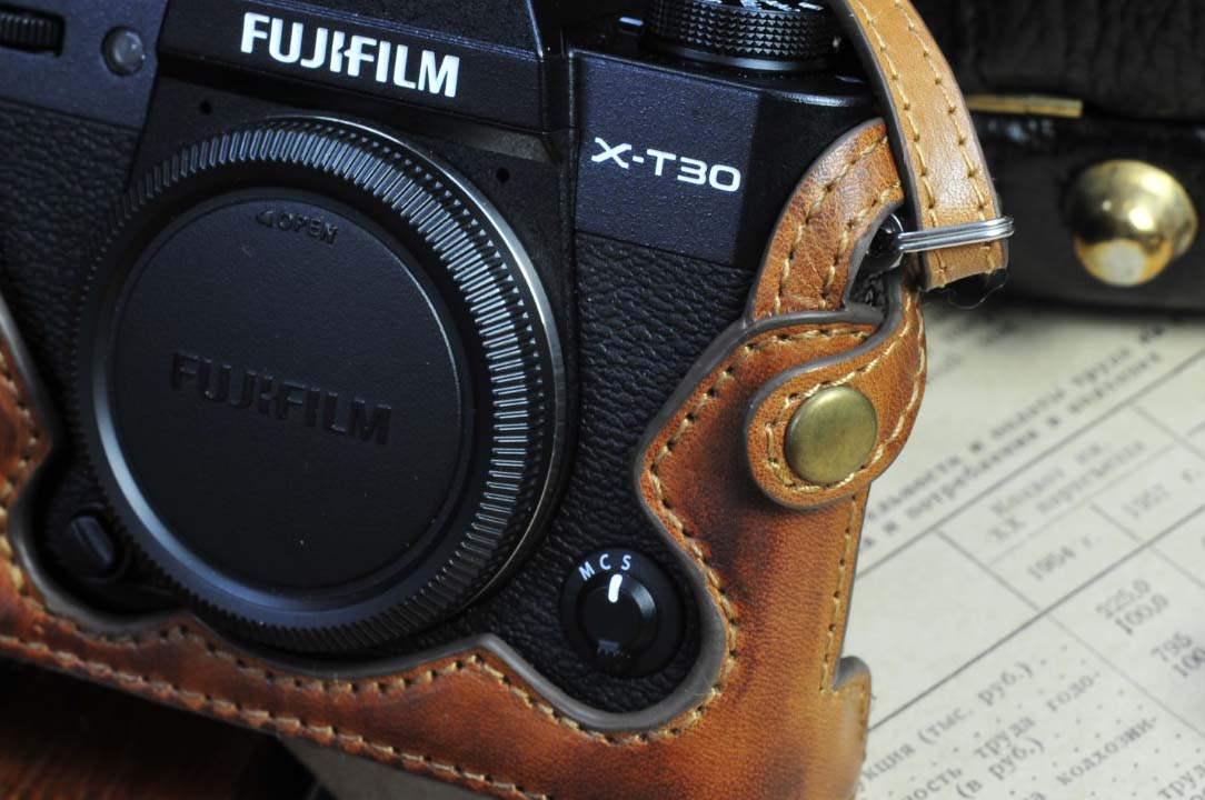 X-T30 leather half case, X-T30 half case, Xt30 camera case