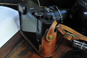 leica q2 用カメラケース ボディケース