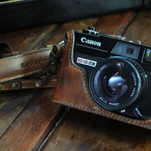 キャノンQL17用カメラケース, Canonet QL17相機皮套, Canon Ql17 leather case, Canon Ql17 half case,
