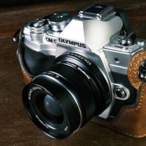 Olympus em10mk4 em10mkiv 用カメラケース, Olympus em10mk4 em10mkiv相機皮套, Olympus em10mk4 em10mkiv leather case, Olympus em10mk4 em10mkiv half case, Olympus em10mk4 em10mkiv camera case, Olympus em10mk4 em10mkivカメラケース, オリンパス em10mk4 em10mkiv革製ケース, オリンパス em10mk4 em10mkivレザーケース, オリンパス em10mk4 em10mkivボディケース, オリンパス em10mk4 em10mkivケース